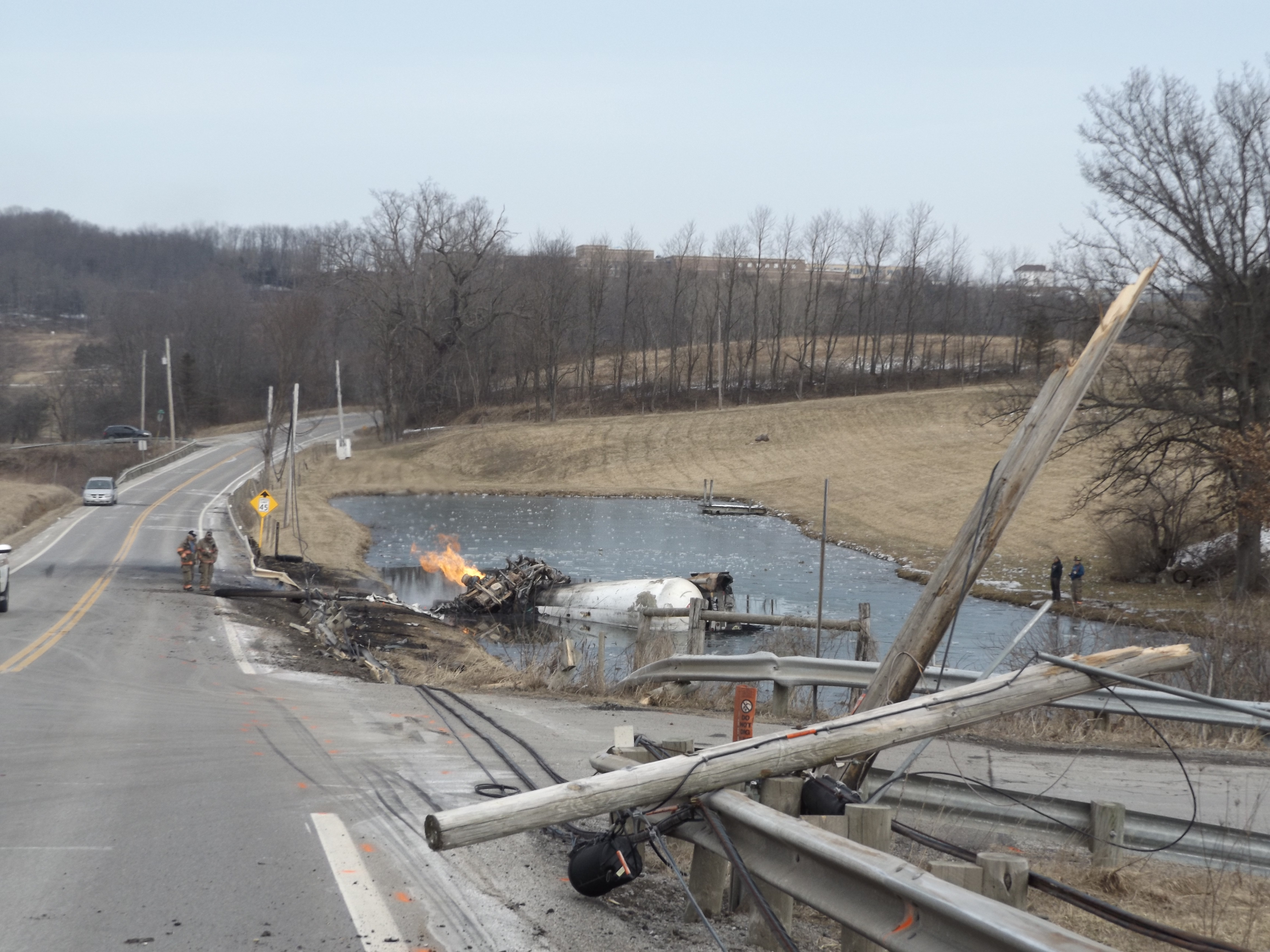 Tanker driver dies in crash | Free Press Standard